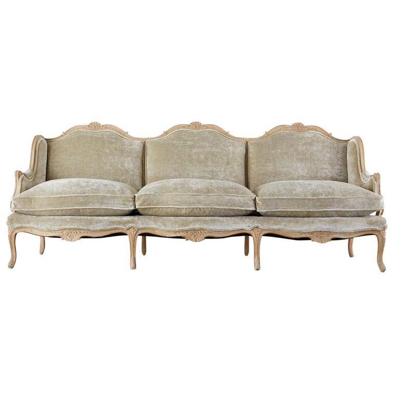 French Louis XV Style Velvet Canapé à Oreilles Sofa For Sale