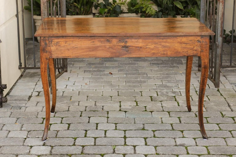 French Louis XV Style Walnut Console Table with Cabriole Legs, circa 1820 For Sale 6