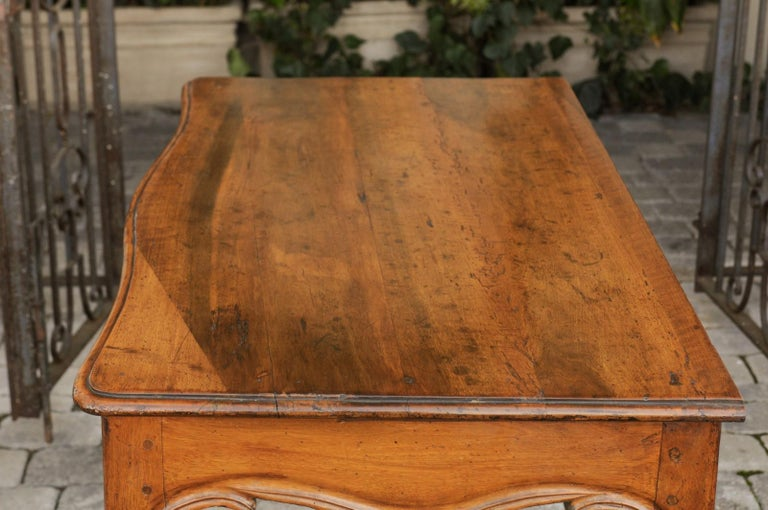 French Louis XV Style Walnut Console Table with Cabriole Legs, circa 1820 For Sale 8