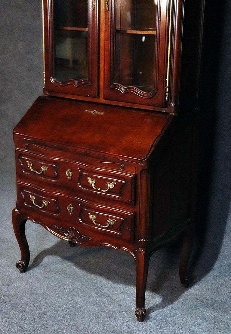 Aufrray style French Louis XV Style Walnut Secretary Desk with Bookcase Top In Good Condition In Swedesboro, NJ