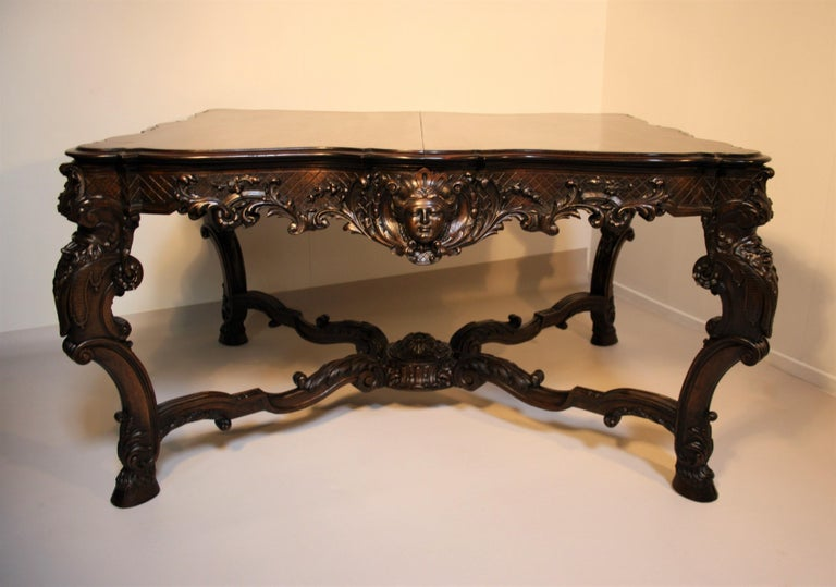 French Louis XV Walnut Hand-Carved Table, 19th Century For Sale 9