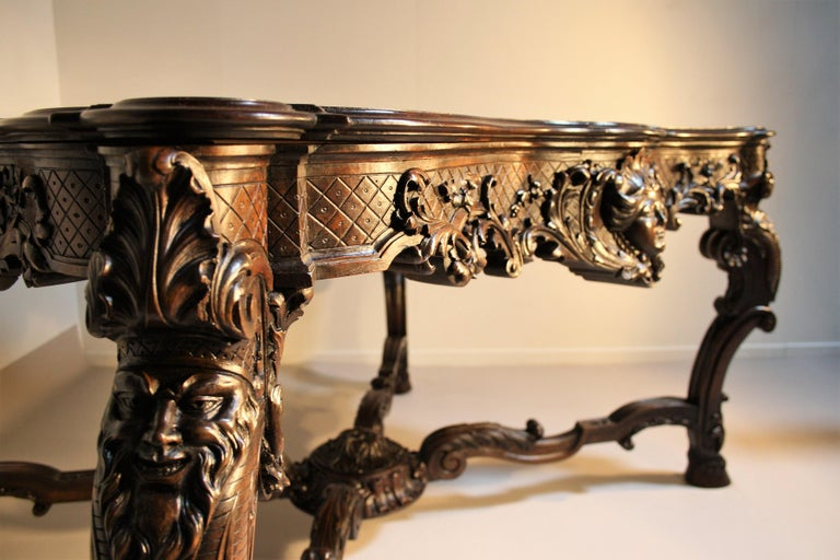 French Louis XV Walnut Hand-Carved Table, 19th Century For Sale 12