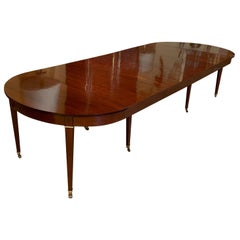 French Louis XVI Dining Table in Mahogany