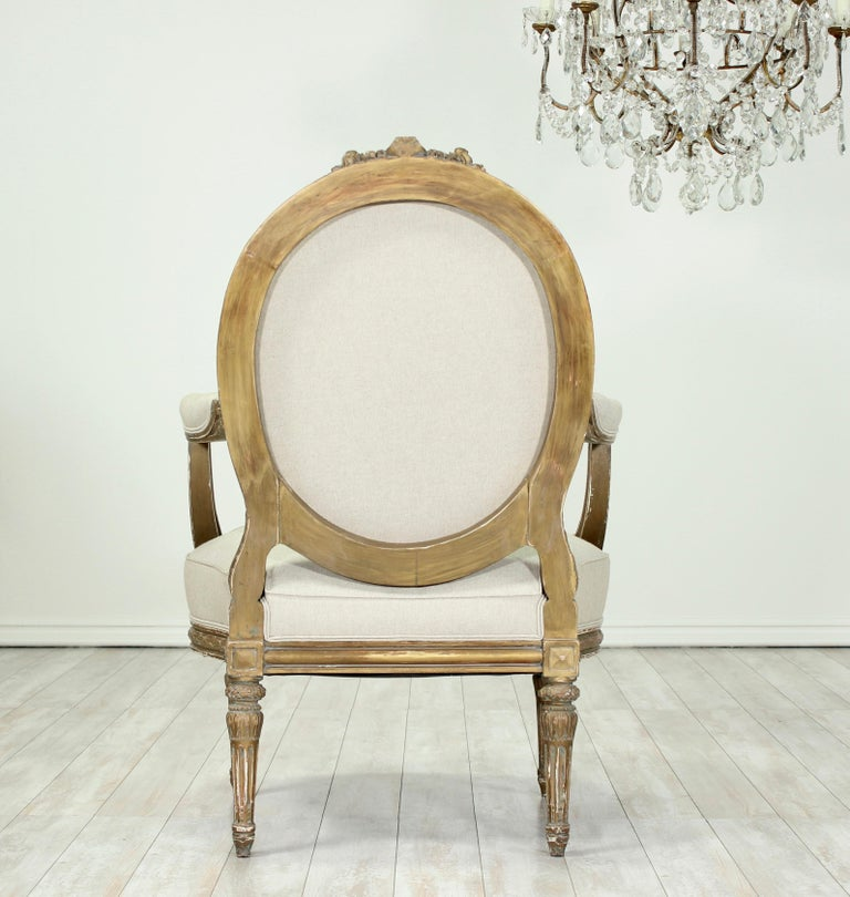 French Louis XVI Giltwood Chairs, a Pair For Sale 1