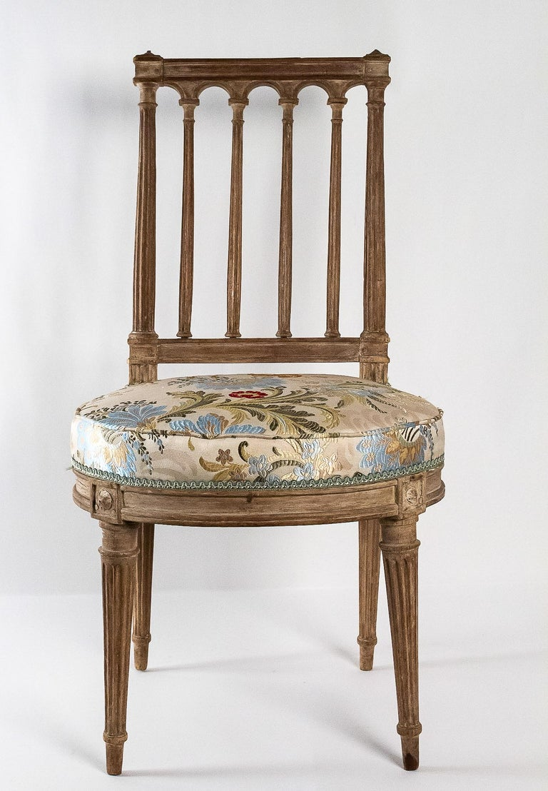 French Louis XVI Period, Pair of Chairs in Lacquered Beechwood, circa 1780 In Good Condition For Sale In Saint Ouen, FR