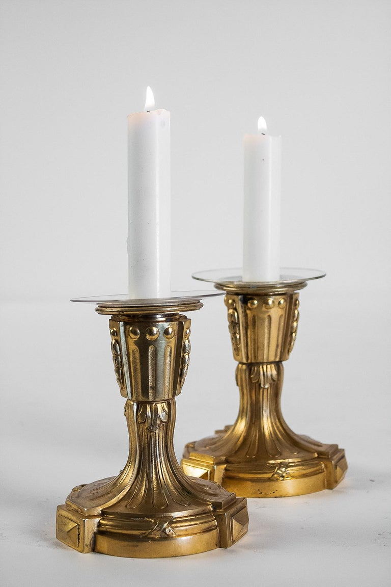 French Louis XVI Period Pair of Small Gilt Bronze Candlesticks, circa 1780 In Good Condition For Sale In Saint Ouen, FR