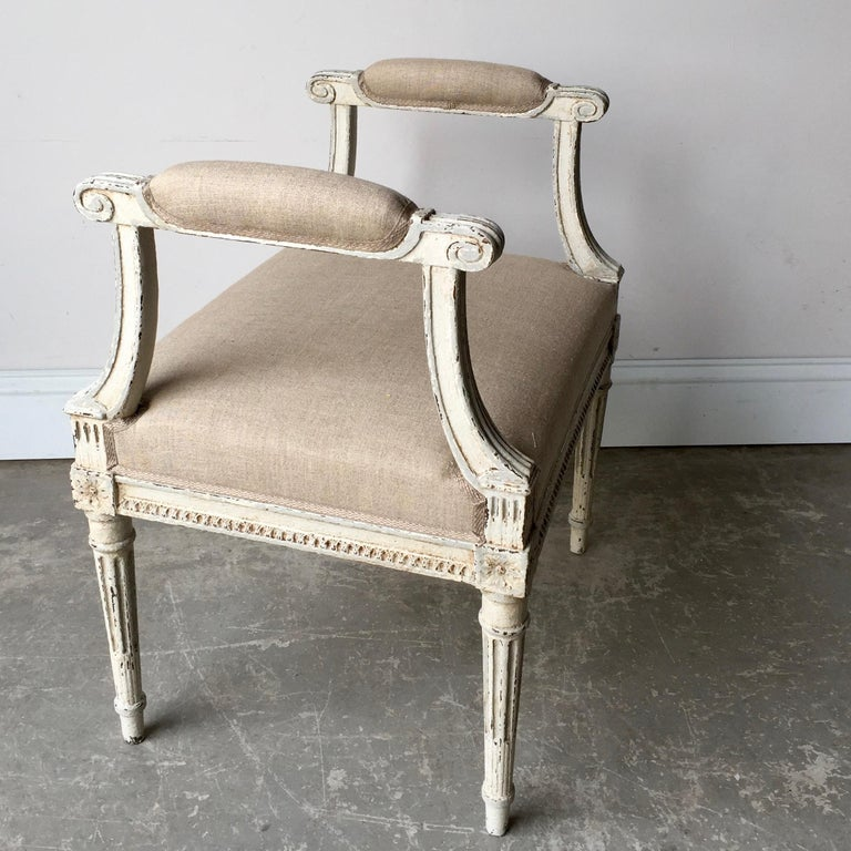 Hand-Carved French Louis XVI Style Banquette For Sale