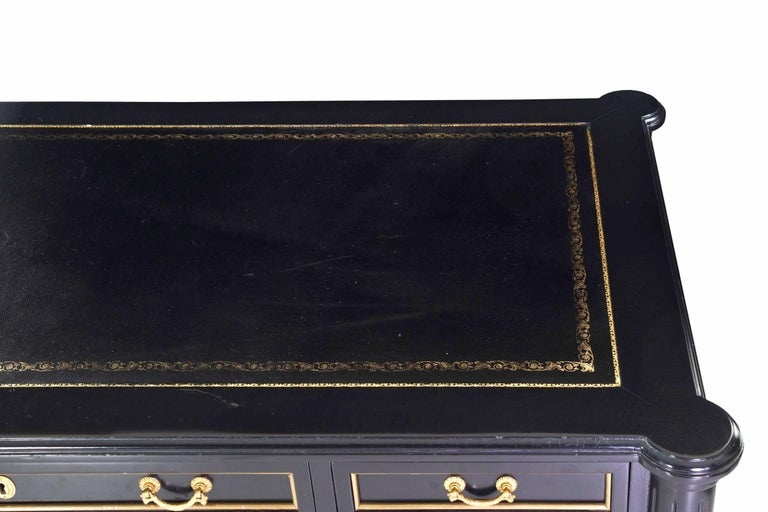 French Louis XVI Style Black Lacquer Ebonized Writing Desk Table, 20th Century In Good Condition For Sale In Shippensburg, PA
