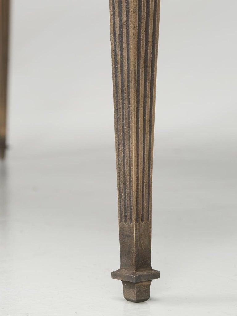 Französische Louis XVI Stil Bronze und schwarz Glas Couchtisch 10