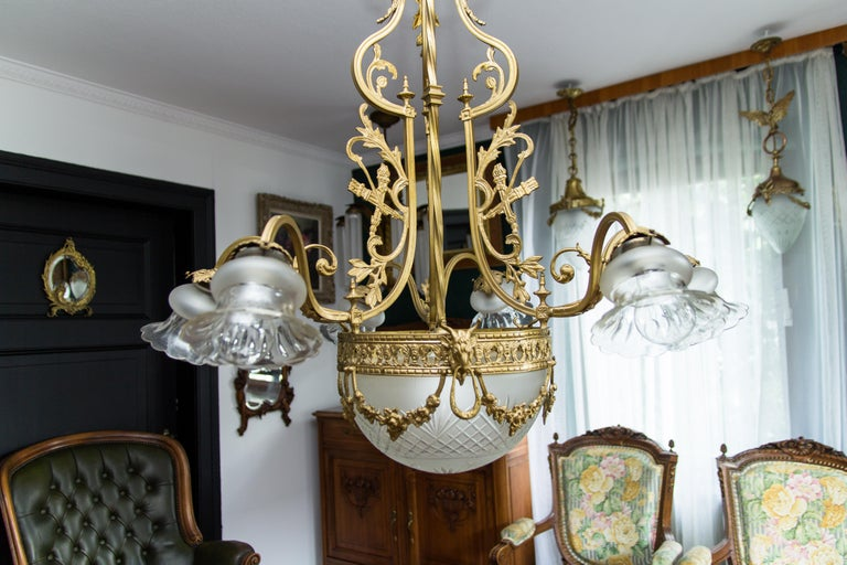 French Louis XVI Style Bronze Seven-Light Chandelier For Sale 6