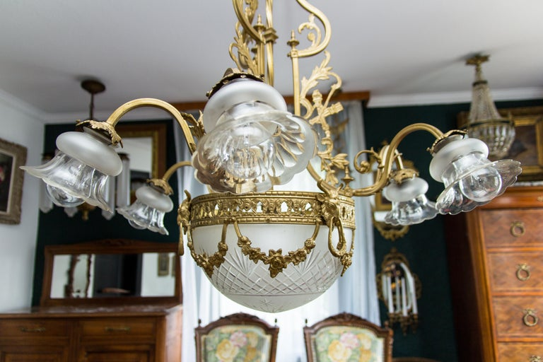 French Louis XVI Style Bronze Seven-Light Chandelier For Sale 5