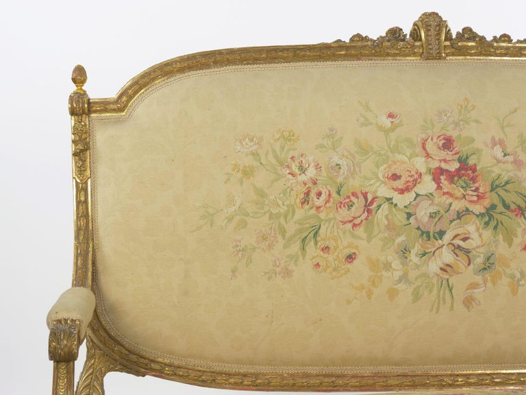 French Louis XVI Style Carved Giltwood Antique Settee Loveseat Sofa 20th Century For Sale 2