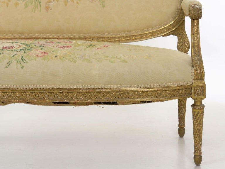 French Louis XVI Style Carved Giltwood Antique Settee Loveseat Sofa 20th Century For Sale 5