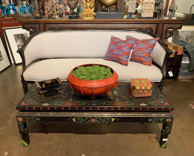 French Louis XVI Style Carved Wood Corbeille Canape Sofa, Late 19th Century For Sale 3
