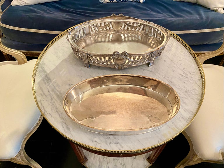French Louis XVI Style Centerpiece in Silvered Bronze, 19th Century For Sale 10
