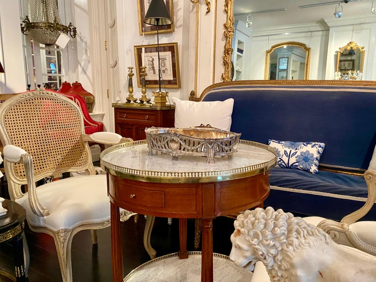 French Louis XVI Style Centerpiece in Silvered Bronze, 19th Century For Sale 13