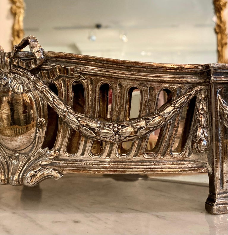 French Louis XVI Style Centerpiece in Silvered Bronze, 19th Century For Sale 5