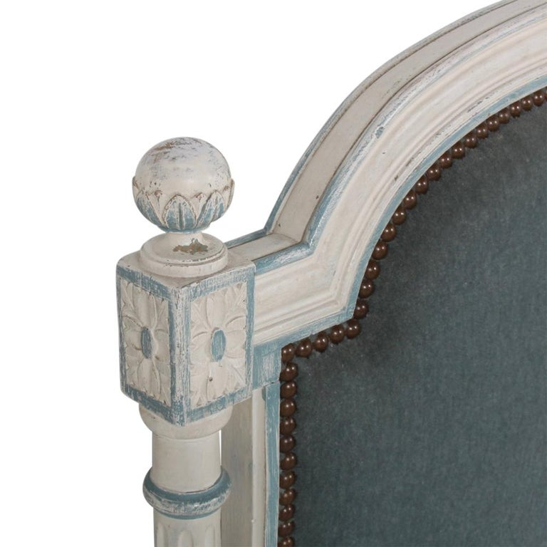 French Louis XVI Style Daybed For Sale 1