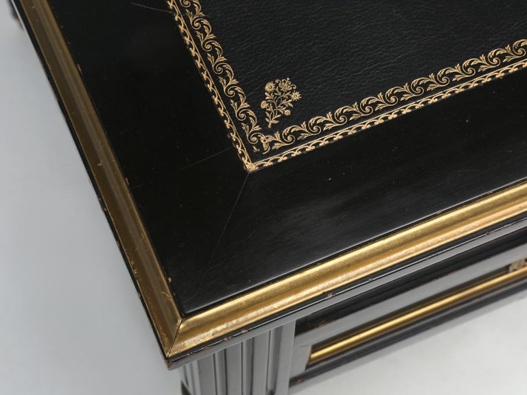 Wood French Louis XVI Style Desk in Black Lacquer and Black Leather For Sale