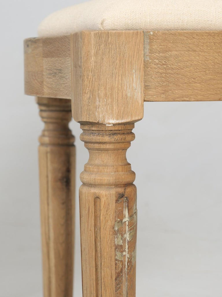 French Louis XVI Style Dining Chairs in White Oak, Set of 8 For Sale 5