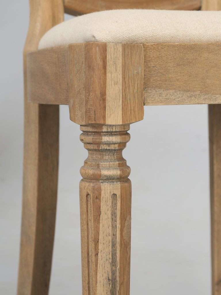 French Louis XVI Style Dining Chairs in White Oak, Set of 8 For Sale 4