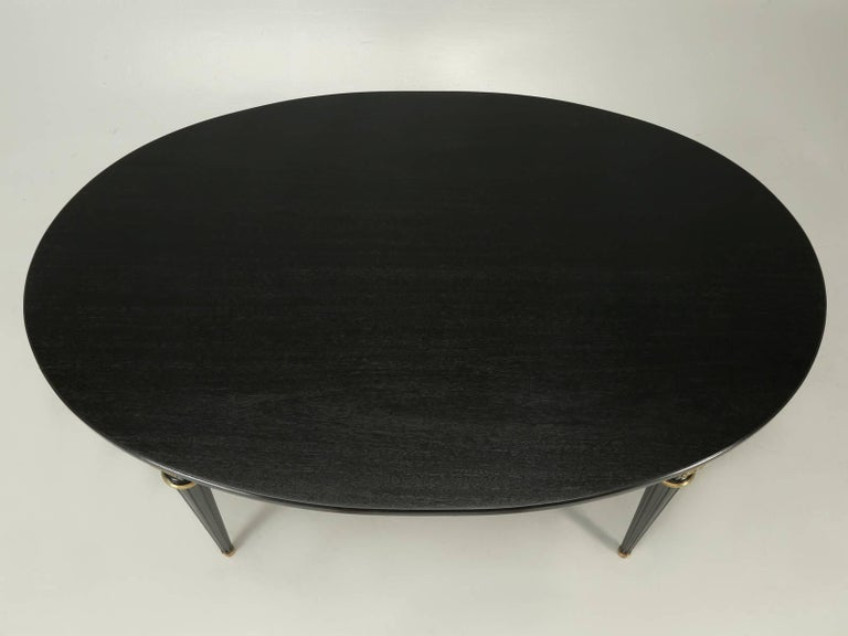 French Louis XVI Style Ebonized Mahogany Dining Table In Good Condition For Sale In Chicago, IL