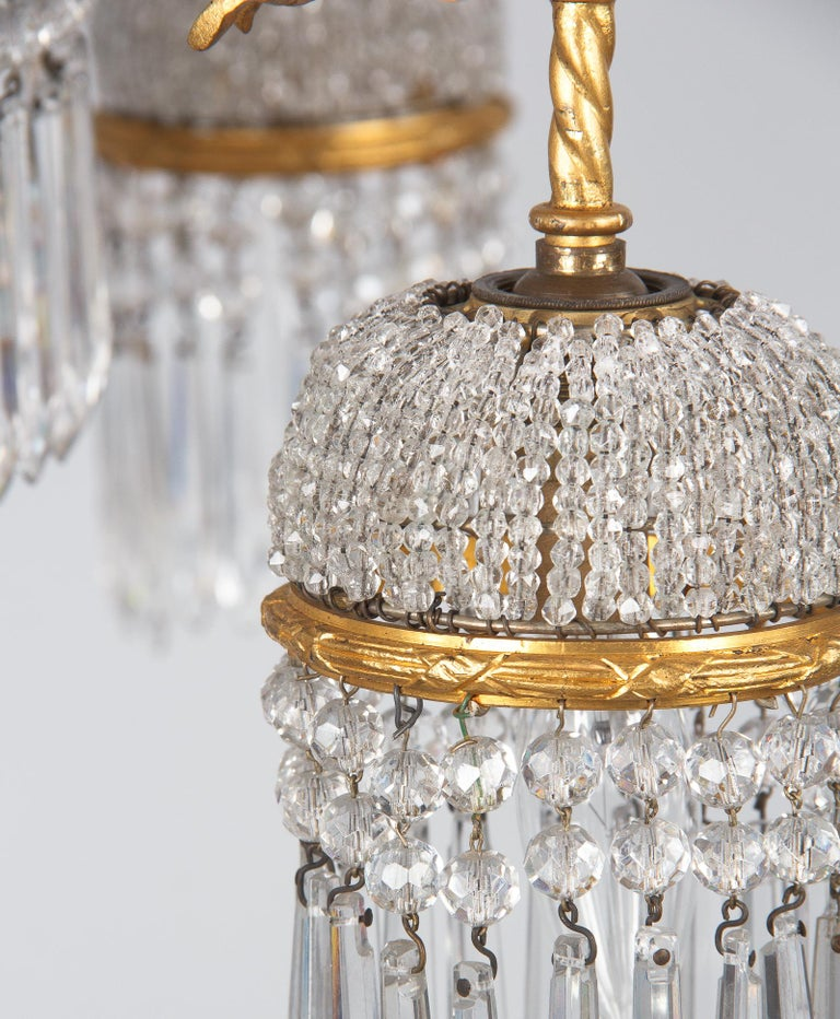 French Louis XVI Style Gilded Bronze and Crystal 5-Light Chandelier, 1900s For Sale 13
