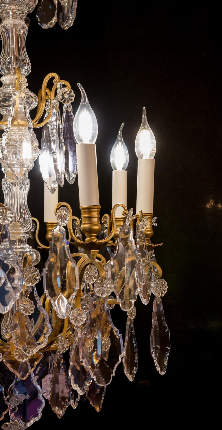 French Louis XVI Style Gilt-Bronze and Crystal Chandelier, circa 1890-1910 For Sale 7