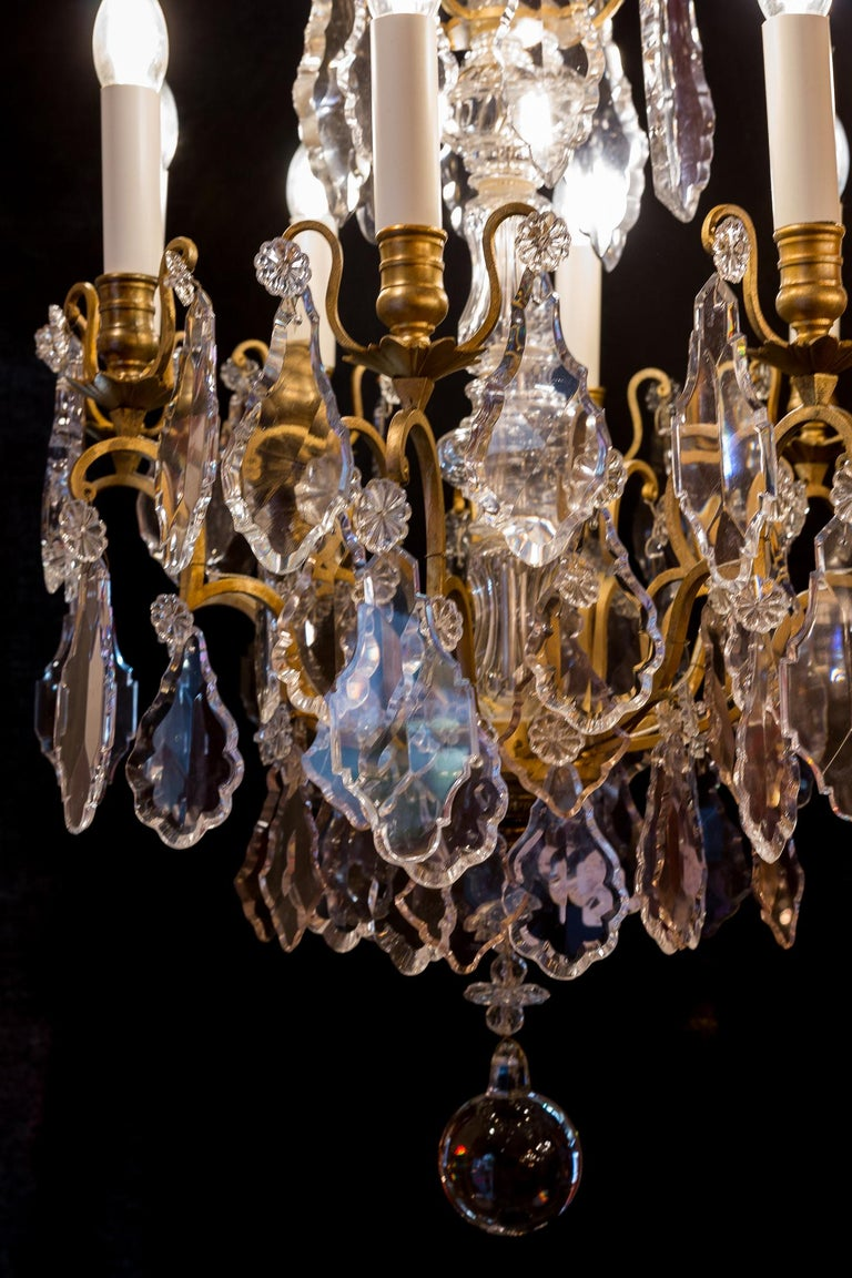 French Louis XVI Style Gilt-Bronze and Crystal Chandelier, circa 1890-1910 For Sale 4