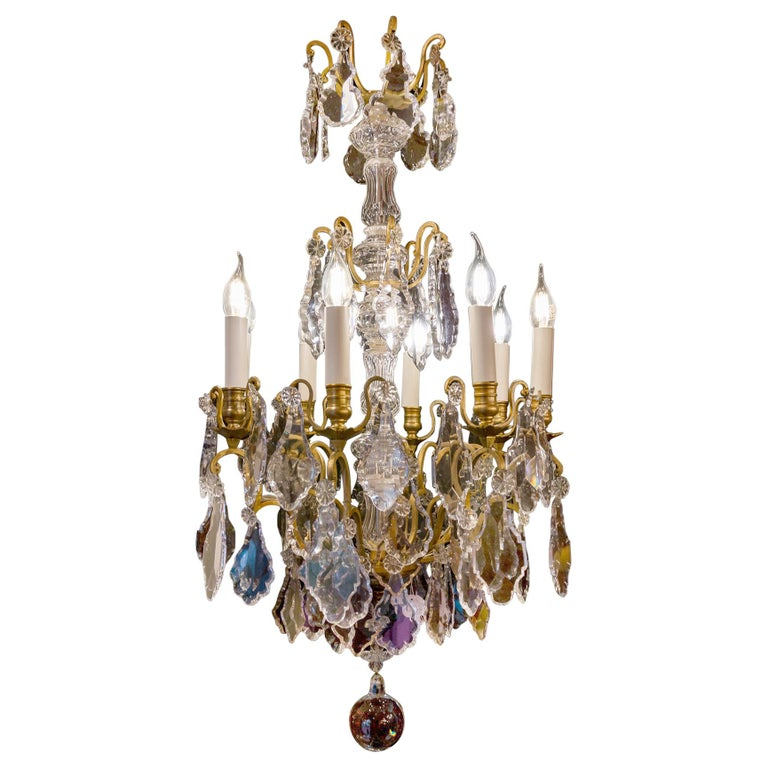 French Louis XVI Style Gilt-Bronze and Crystal Chandelier, circa 1890-1910 For Sale