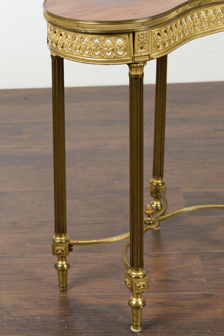 French Louis XVI Style Kidney Gilt Bronze Accent Table with Palmiform Columns For Sale 6