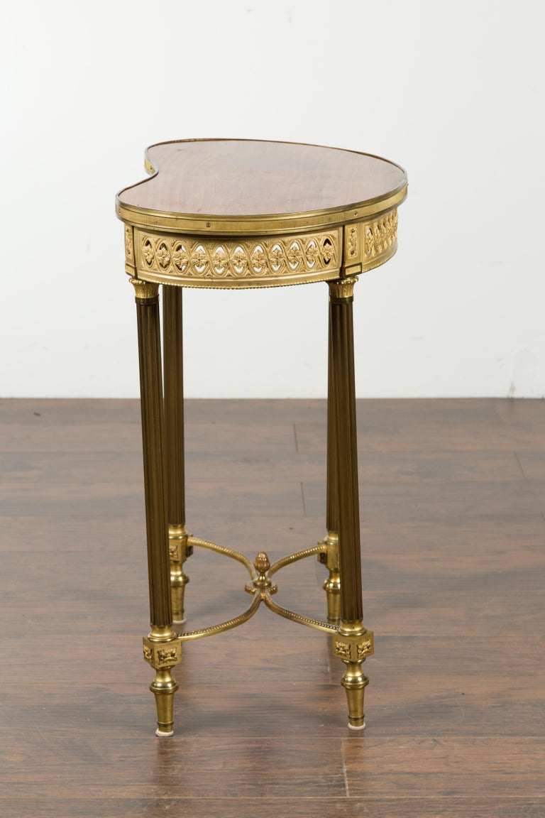 French Louis XVI Style Kidney Gilt Bronze Accent Table with Palmiform Columns For Sale 12