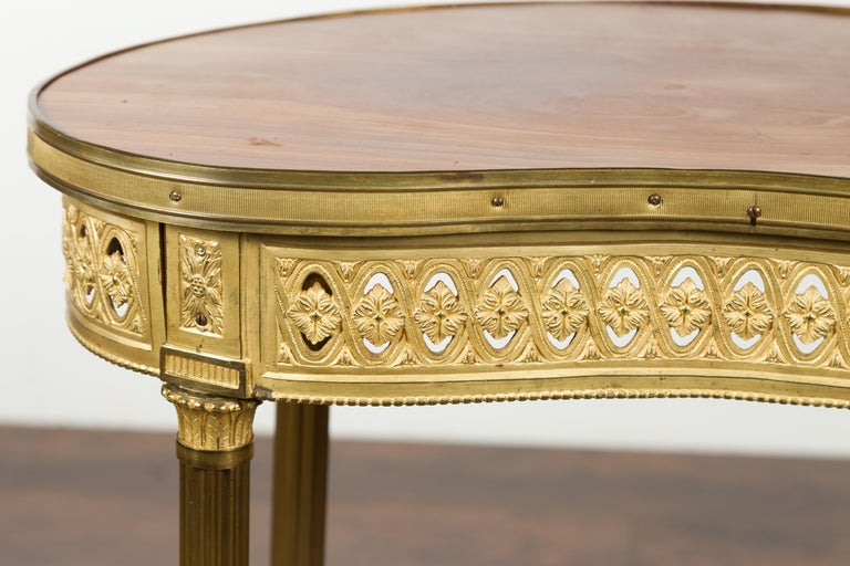 French Louis XVI Style Kidney Gilt Bronze Accent Table with Palmiform Columns For Sale 2