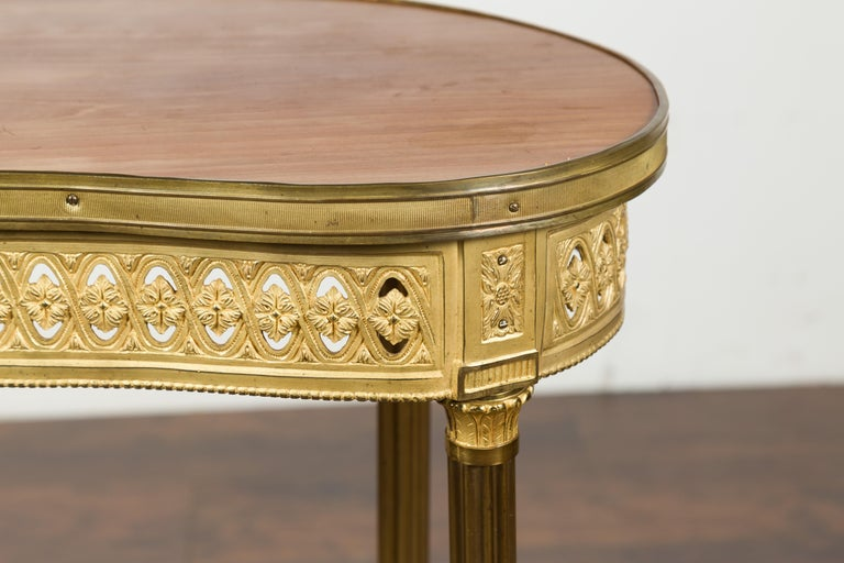French Louis XVI Style Kidney Gilt Bronze Accent Table with Palmiform Columns For Sale 3