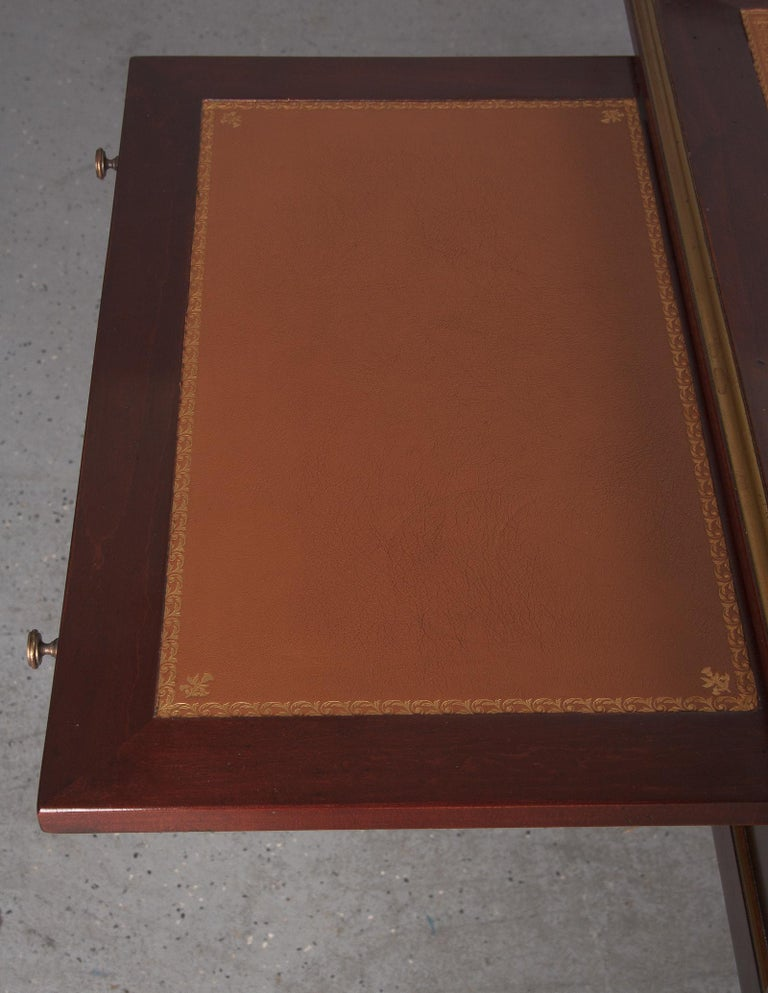 French Louis XVI Style Mahogany Desk with Leather Top, 1950s For Sale 1