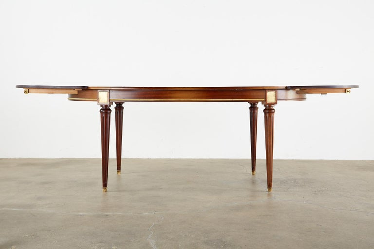 French Louis XVI Style Mahogany Dining Table with Leaves In Good Condition For Sale In Oakland, CA
