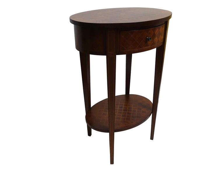 French Louis XVI Style Mahogany with Inlay Side Table In Excellent Condition For Sale In San Francisco, CA