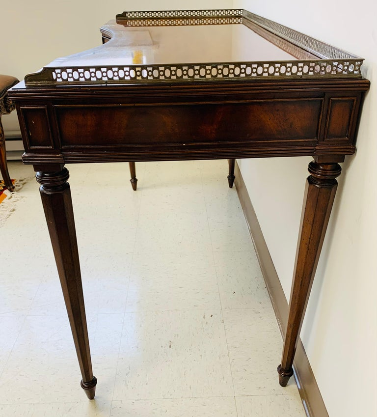 French Louis XVI Style Maitland-Smith Mahogany Desk or Writing Table In Fair Condition For Sale In Plainview, NY
