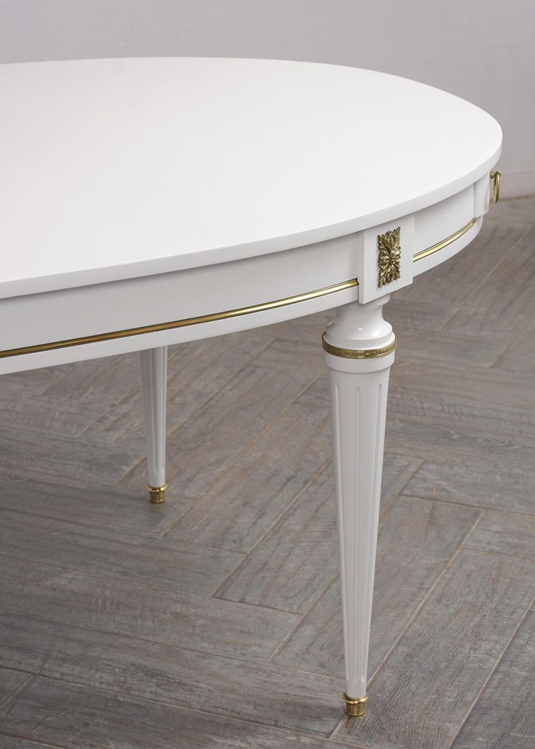 White Oval Dining Table For Sale 1