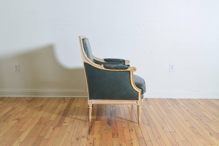 French Louis XVI Style Oversized Leather Upholstered Bergere, Mid-20th Century For Sale 1