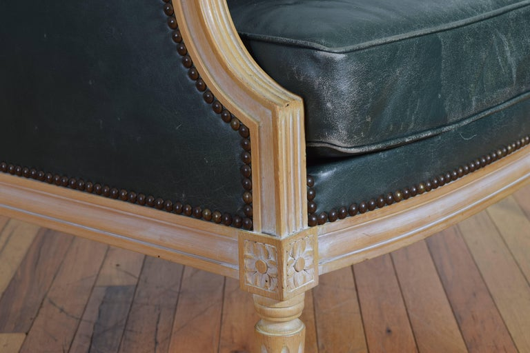 French Louis XVI Style Oversized Leather Upholstered Bergere, Mid-20th Century For Sale 6