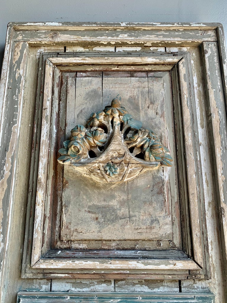 French Louis XVI Style Painted Carved Trumeau Mirror, circa 1900s For Sale 1
