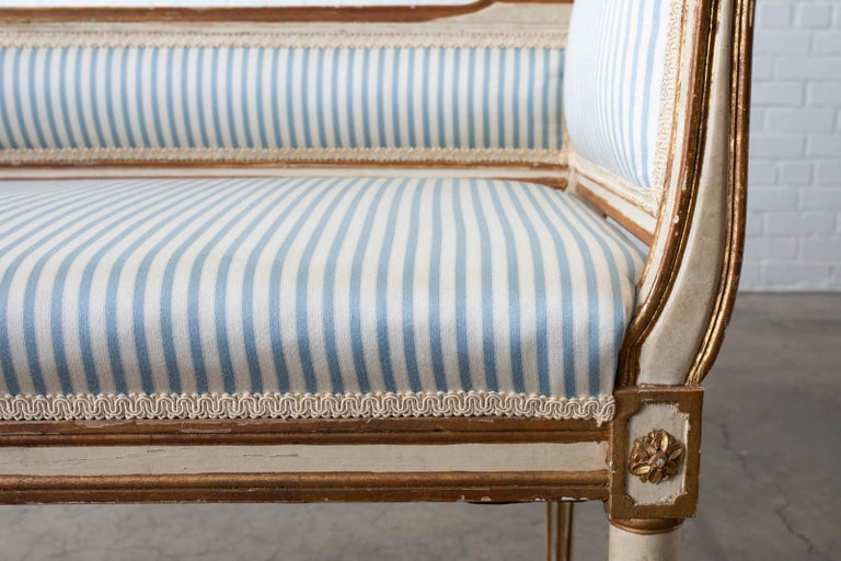 French Louis XVI Style Painted Window Bench Banquette For Sale 1