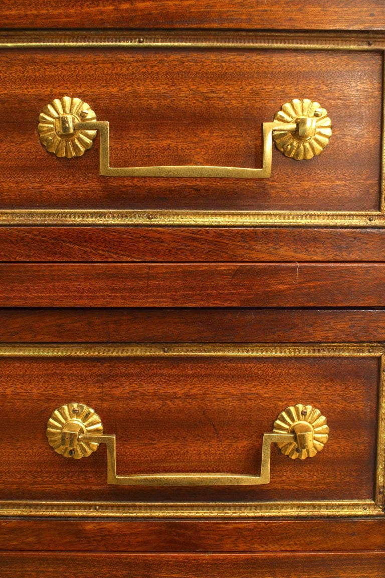 French Louis XVI Style Semanier In Good Condition For Sale In New York, NY