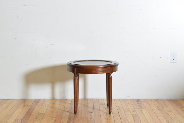 French Louis XVI Style Walnut & Marble Top Circular Side Table, Early 20th Cen. In Good Condition For Sale In Atlanta, GA