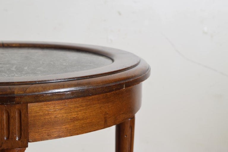 French Louis XVI Style Walnut & Marble Top Circular Side Table, Early 20th Cen. For Sale 2