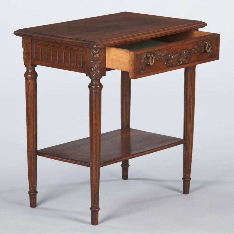 French Louis XVI Style Walnut Side Table, Early 1900s For Sale 5