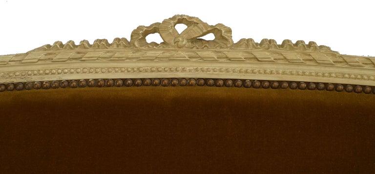 French Louis XVI Velvet Loveseat In Good Condition For Sale In New York, NY