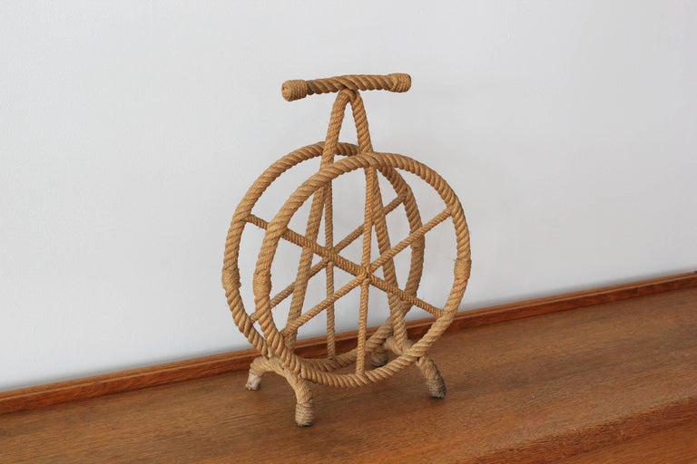 French Magazine Stand in Style of Audoux Minet In Good Condition For Sale In Los Angeles, CA