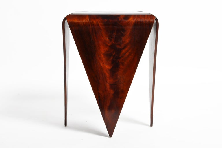 French Mahogany Veneer Side Table in the Style of Jorge Zalszupin In Good Condition For Sale In Chicago, IL